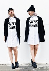 Esra E. - Bershka Oversized Blouse Dress, Forever 21 Boyfriend Blazer, Monki Hat, Limelight Platform Boots - Sweet desaster