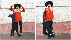 Signe Savant - Cn Direct Orange Sweater, Song Yee Designs Circle Geode Slice Necklace, Oasap Floppy Hat - Pumpkin spice...
