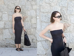 Trini Gonzalez - The Row Sunglasses, Daniel Wellington Watch, Wolford Dress, Céline Bag, Birkenstock Sandals - TUBE DRESS