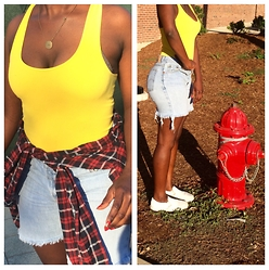 Bwi - Forever 21 Tank, Allsaints Plaid, Levi's® Shorts, Vans Shoes - RELLOW & YED