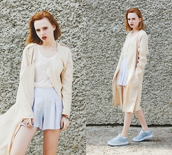 Kristina Magdalina - Cndirect T Shirt, Dresslink Coat - Pastel colors.