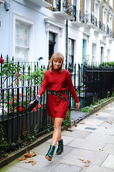 Astrid Sp4nk Blog - Asos Red Dress, Asos Python Green Boots - Red dress and green boots