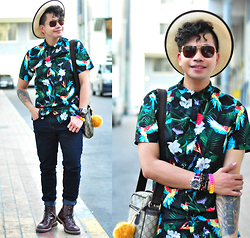 Butch Cervantes - Zara Fedora, Emporio Armani Eyewear, H&M Floral Prints Sleeved Shirt, Forever 21 Skinny Pants, H&M Trench Boots - Curly Days!!!