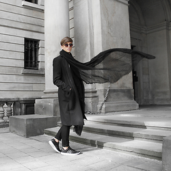 Georg Mallner - Allsaints Coat, Zara Scarf, Cos Pants, Adidas Shoes, Urban Outfitters Sunglasses - October 04, 2015 / IG: GEORGXM