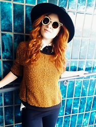 Erin Ashley Goldman - H&M Hat, Polette Sunglasses, Lf Stores Bow Tie Top, Ananda Venice Sweater, Forever 21 Leggings - The Rise of the Phoenix