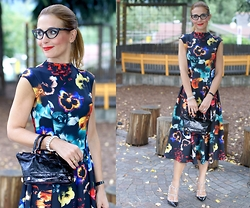 Vale ♥ - Asos Floral Dress, Valentino Shoes, Dsquared2 Eyeglasses - Eyeglasses and a floral dress