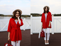 Helena Ivanova - Red Coat, Striped Blouse, Vero Moda White Skinny Pants, Hermès Bag - Wear Red in autumn