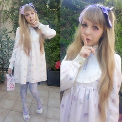 Anastassia Wonderland - Angelic Pretty Dreamy Planetarium Hairclip, Rose Marie Seoir Macaron Op, Angelic Pretty Dreamy Planetarium Socks, Antaina White Mermaid Shoes, Offbrand Pink Bag - Pastel is the secret of happiness