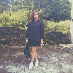 Raffi Alcantara - H&M Neoprene Sweater, Zara Origami Shorts, Topshop White Sneakers - BLACK ATTACK