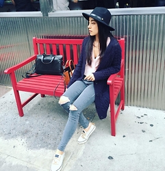 Yuanyuan Deng - Topshop Grey Jean, Forever 21 Black Hat, & Other Stories Navy Knit - Fall Nolita New York