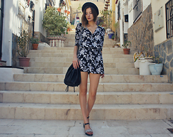 Justyna Ż. - Park Lane Flatforms, H&M One Piece - The City of the Sun