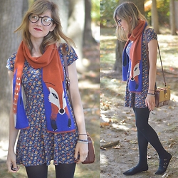Lauren Douglas - Modcloth Outfox The Eye Scarf In Royal, Forever 21 Faux Suede Strappy Flats - Foxes and Floral