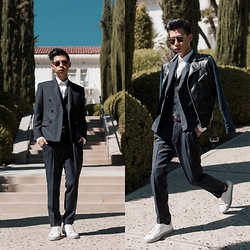 Tommy Lei - Indochino Navy Custom Suit - SUITING GAME