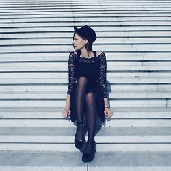 Justyna Ż. - H&M Lace Top, House Flatforms - Just Take The First Step
