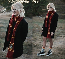 Vladyslava Kozachyshche - Dress, Topshop Coat, Glasses, Universal Studios Orlando Store :) Gryffindor Scarf, Sammy Icon Socks, Dress Shoes - Harry Potter style