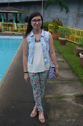 Anne Diocos - Something Borrowed Tonal Padlock Bag, True Love  Sm Gtw Floral Pastel Jeans, Forever 21 T Strap Sandals - Wash Day Diaries: Prints (Part 1)