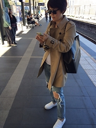 Miae Hong -  - Trench coat look