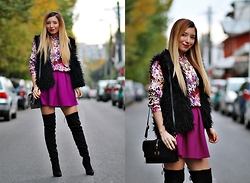 Andreea Ristea - Andreea Design Skirt - Over the knee boots