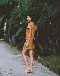 Stephanie Liu - Bishop And Young Matching Set - Camel Leather