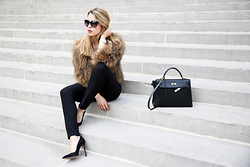 Caroline Louis - Hermes Bag - Is it fur season yet ?