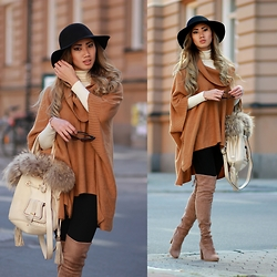 Louise Xin - Lancel Fur Bag, H&M Brown Poncho, Ego Nude Knee High Boots, Mango Turtle Neck Sweater, H&M Black Hat - Autumn mood