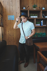 Seff Francisco - Shana Shirt, Uniqlo Jeans, Louis Vuitton Messenger Bag - Coffee situation