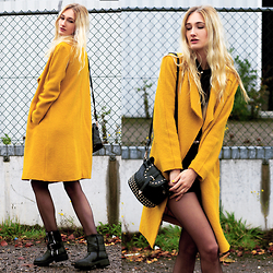 Eva Velt - Zara Coat, Pieces Belt, Shirt, Vanharen Boots, Monki Shorts, Bag - When yellow starts replacing black