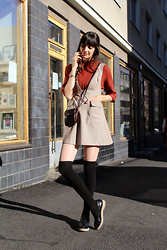 Paz Halabi Rodriguez - Grina Tricot Tile Color Sweater, Zara Checkered Dress, Vintage Cross Shoulder Bag, H&M Over The Knee Socks, Zara Mocassins - OVER THE KNEE SOCKS