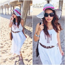 Lily S. - Skirt, Sunglasses - Beach Day // Instagram @pslilyboutique