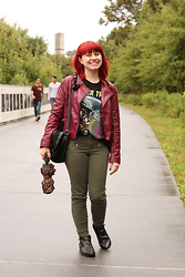 Jamie Rose - Forever 21 Burgundy Leather Jacket, Forever 21 Star Trek Muscle Tee, New York And Company Khaki Green Skinny Jeans, Boohoo Black Pointed Ankle Boots, Totes Leopard Print Umbrella, Madden Girl Black Lace Detail Purse - Subtle Red and Green