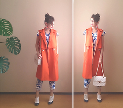 Julia Wigandt - Yoins Orange Sleeveless Coat, Yoins Multicolor Faceted Stone Swing Earrings, Dresslink Bag, Newdress Jumpsuit - Not so serious