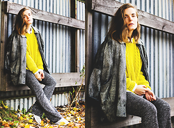 Ingrid Wenell - Vintage Jacket, Modekungen Knitted Sweater, H&M Trousers - Yellow