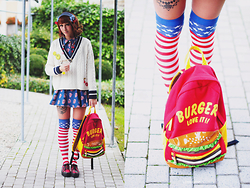 Lunie Chan - Spinns Headband, H&M Pullover, Rolling Stones Dress, Jennyfer American Socks, Burger Backpack, Checked Shoes - Aomoji Burger
