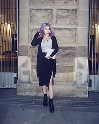 Charlotteyjyj Lin - Rick Owens Cardigan, Dion Lee Skirt, Guidi Clutch, Chanel Boots - Night out