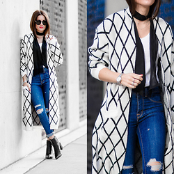 Sarah - Diamond Pattern Knit Long Cardigan - The One to Watch