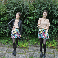 Sunniva - American Vintage Button Up, H&M Skirt, Clarks Boots, H&M Stockings, Topshop Leather Jacket - People I used to know