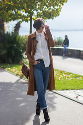 Flo R. - Missguided Jacket, Asos Shirt, Asos Jeans, Zara Boots, Boohoo Sunnies - The suede jacket