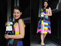 Jasmin Fatschild - Bag, Dress, Shoes - RETRO CAR