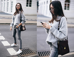 Bea G - Sweater, Jeans, Watch, Sneakers, Bag - Cozy Sunday