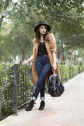 Romina Paola Estrada - Sheinside Camel Coat - A LITTLE BREEZE NEVER HURT ANYONE