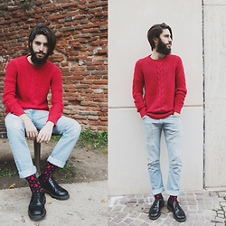 Elia Franceschetti - Zara Sweater, Dr. Martens Boots, Levi's® Jeans, Happy Socks - Check www.eliablog.com - Second shooting for @happysocks