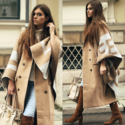 Catherine - Zara Cape, Missguided Coat, Zara Booties, Michael Kors Bag, Abercrombie & Fitch Jeans - Beige Coat & Cape