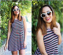 Maria Inês Ribeiro - Zara Stripped Dress, Zara White Sunnies - Pinstripes