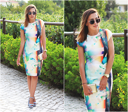 Maria Inês Ribeiro - Zara Graphic Dress, Zara Blue Sandals - What to Wear to a Wedding (Part II)