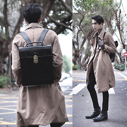 IVAN Chang - Mcving Backpack, Vintage Trench Coat, Asos Superskinnypants, Asos Chelsea Boots, Klasse14 Watch - 111115 TODAY STYLE