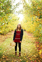 Kaylee H -  - Apple Orchard