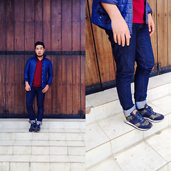 John Roy Agcaoili - Uniqlo Blue Sweater, Uniqlo V Neck Maroon Shirt, Forever 21 Jeans, H&M Camou Shoes - Outfit Of The Day 007
