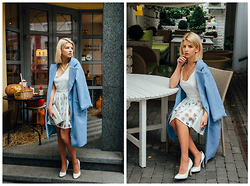 Vladyslava Kozachyshche - Dealsale Dress, Gepur Coat, Accessorize Clutch, Pull & Bear Necklace, Centro Flats - Romantic