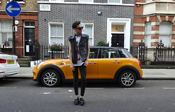 Daniel Diaz - Underground Shoes, Topman Trousers, Ricardo Seco Jacket, Ricardo Seco Shirt - Its a MINI love / IG: danni_diaz