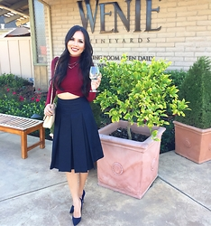 Rachel Vogt - Kate Spade Shoes, Halogen Pleats Midi Skirt, Missguided Crop Top, My Blog - Burgundy & Navy blue